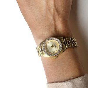 Jewelry - Vintage Pedre gold tome embellished watch